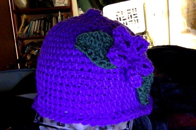 crochetpurplehat01